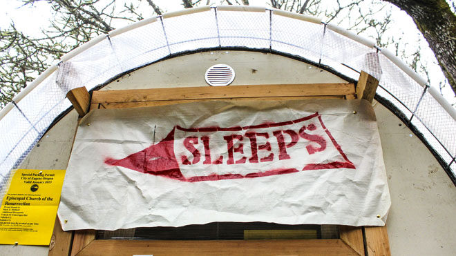 Huts for the Homeless project (11)