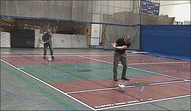 Golfers give Willamalane's new indoor range a test swing