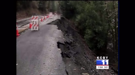 Part of Powers Hwy collapses into the Coquille River