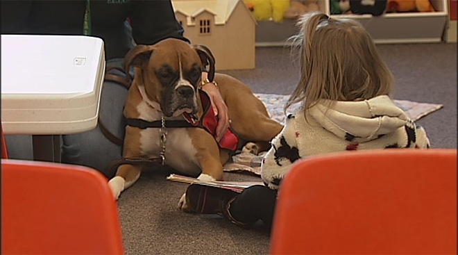 Kids read to dogs at the Fern Ridge Library (2)