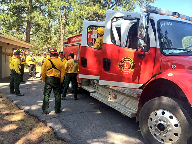 Local firefighters in Bend to help protect homes from Two Bulls Fire