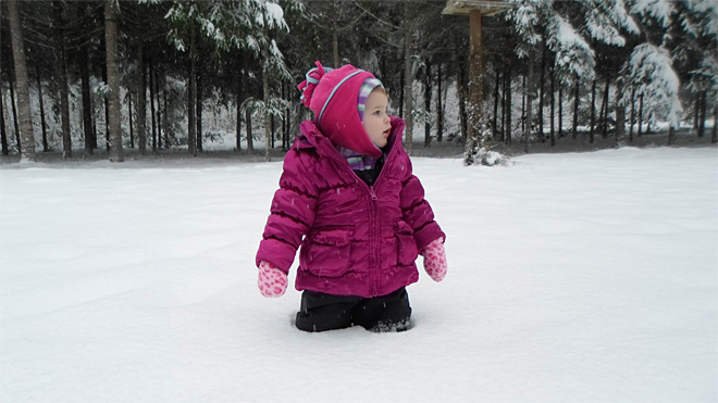 Lauren Darling 18 months old first snow day3