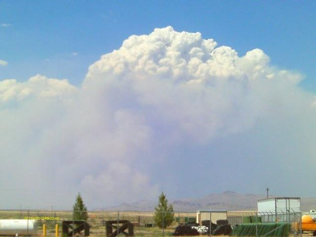 M. Stearly photo of smoke plume from the Long Draw fire