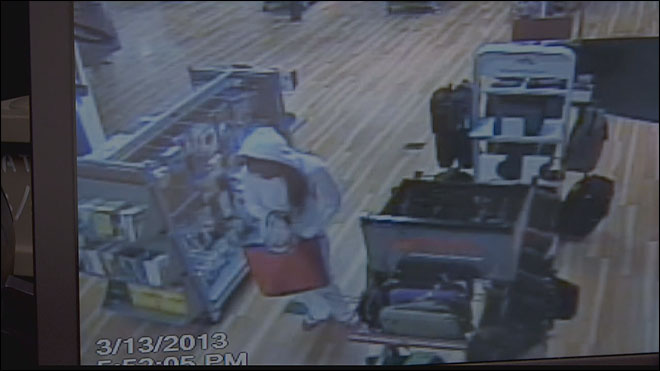 Caught on video: Police search for mall shoplifting suspects
