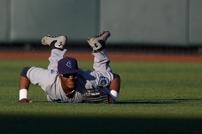 ML2EmeraldsvsAquaSox_IMG_0028_2013-07-11 17