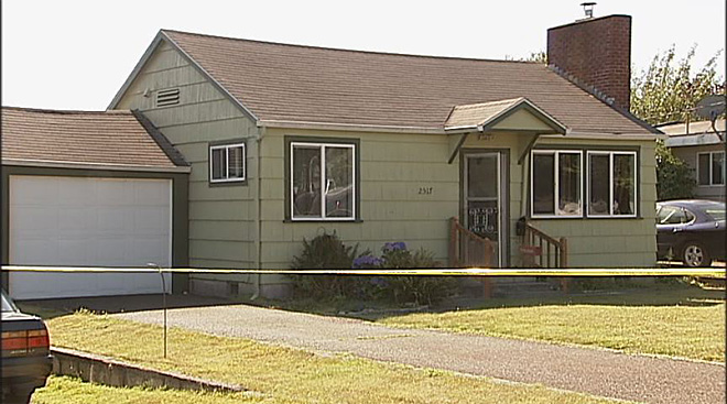 Man charged with killing wife in their North Bend home 03