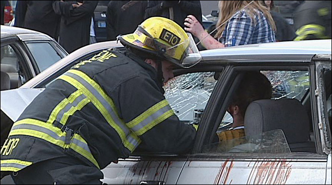 Students simulate drunk driving crash: 'Shocked by how real it could be'