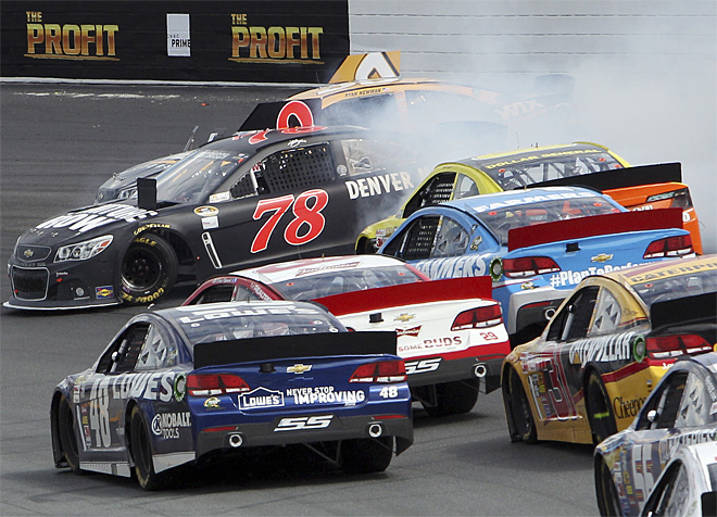 NASCAR New Hampshire Auto Racing