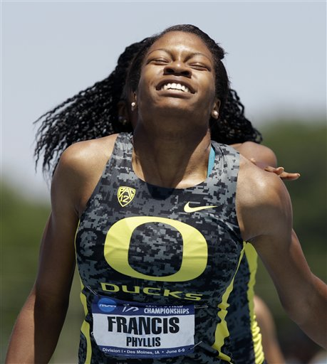 Ducks win 4x400, but lose team title to LSU