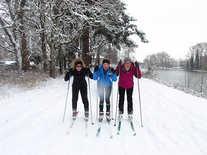 Nancy Unruh photo of NEHS XC ski team