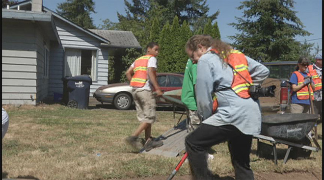 Neighborhood volunteers to put in sidewalk