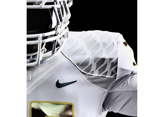 Nike Football - Oregon White Vapor uniform