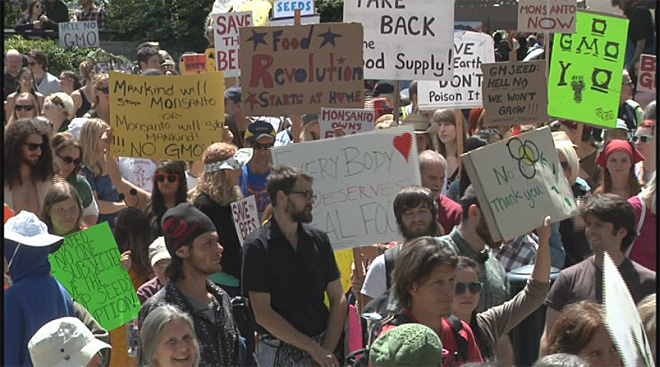 No GMO march in Eugene with millions against Monsanto worldwide02