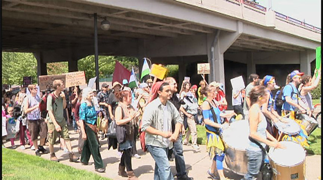 No GMO march in Eugene with millions against Monsanto worldwide05