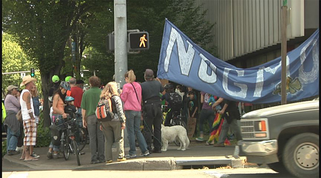 No GMO march in Eugene with millions against Monsanto worldwide07