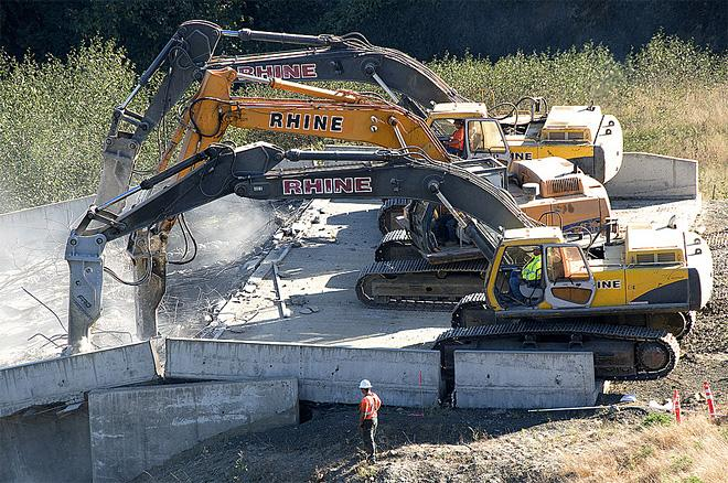 ODOT photo of demolition of Highway 20 bridge project September 2012 (10)