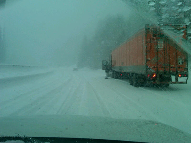 ODOT photos of I-5  at Siskiyou Summit Dec20 (2)