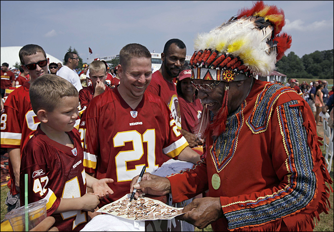 Obama open to name change for Washington Redskins
