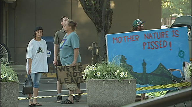 Occupy Eugene leaves federal courthouse July 11 (2)