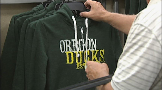 Oregon Duck gear in demand as 2013 season approaches (8)