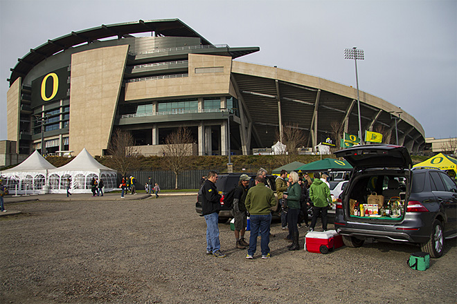 Oregon Ducks host Oregon State Beavers 2013 (5)