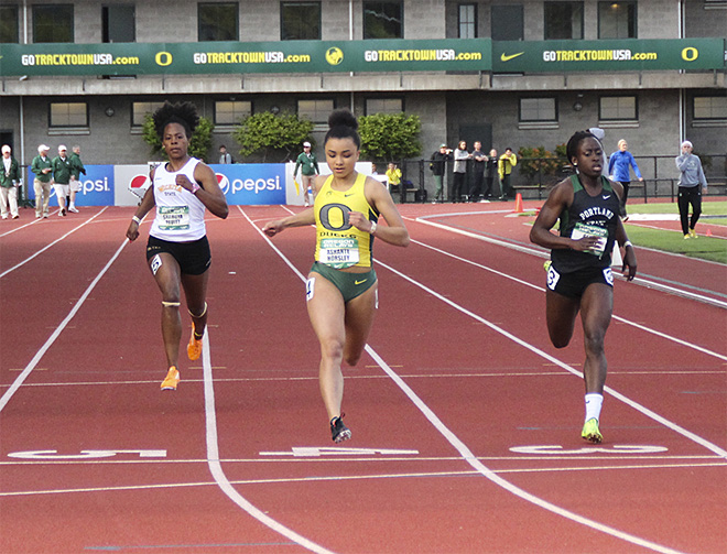 Oregon Relays at Hayward Field - 08 - Oregon News Lab photo