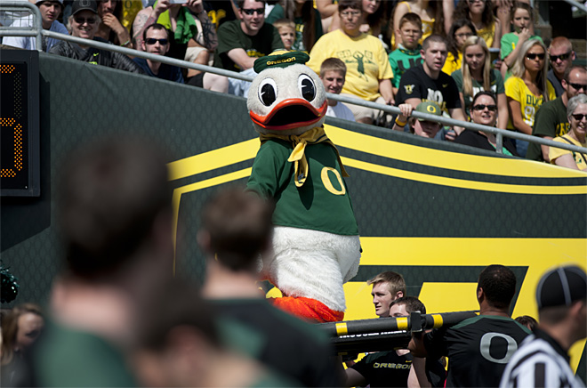Oregon Spring Game 2013_Photo by Tristan Fortsch - KVAL News 18