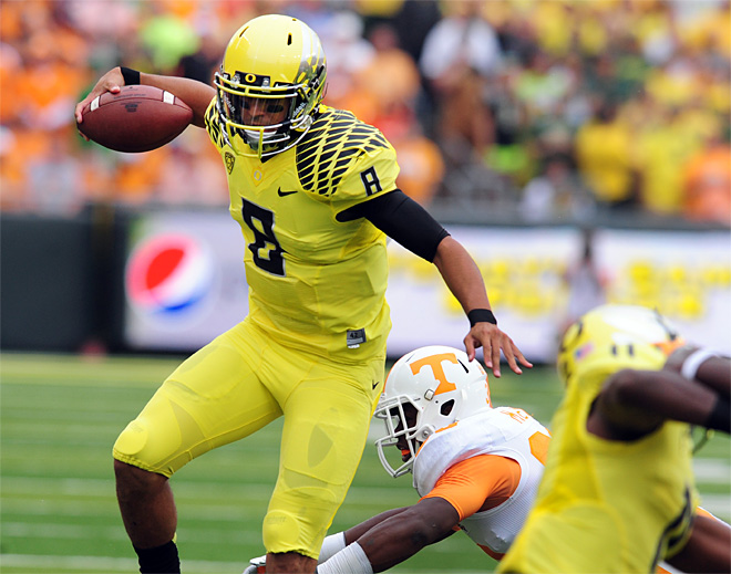 No. 2 Ducks fly past Tennessee, 59-14
