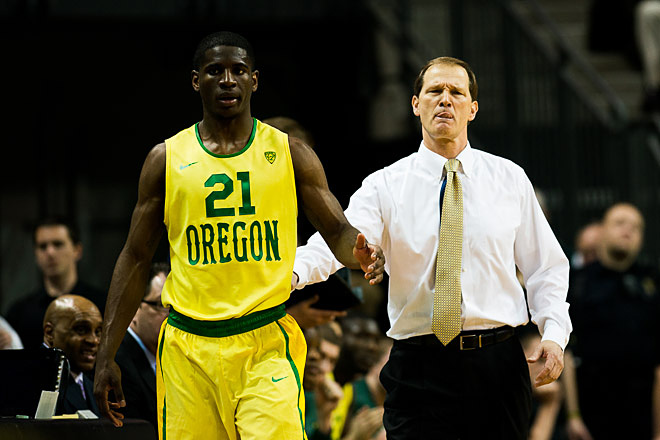 Oregon beats Arizona 64-57 on senior day - Photo by Andrew Seng_University of Oregon 04