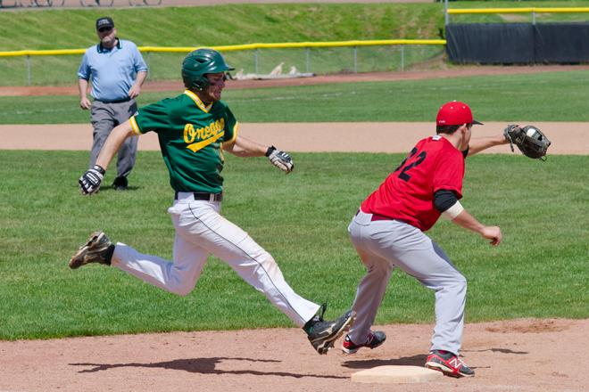 Oregon club baseball versus Seattle (1)