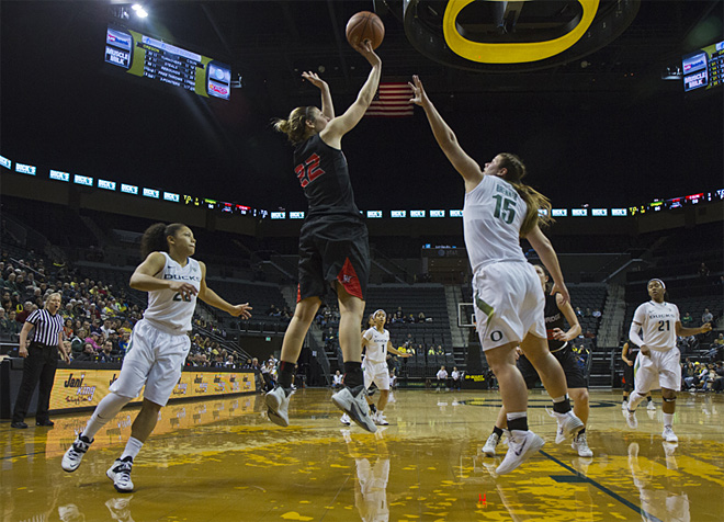 Oregon women beat Cal State Northridge 96-61 _ 03