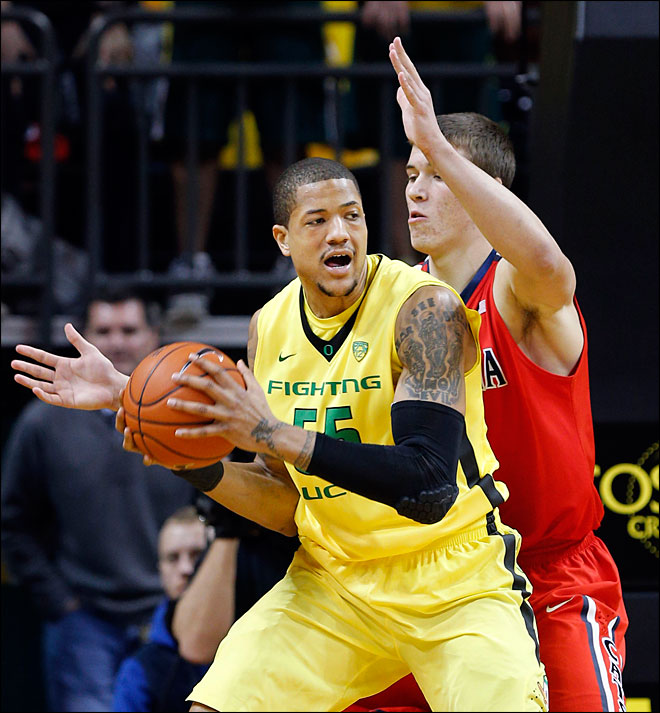 AP Top 25: Ducks ranked No. 21 after Arizona sweep