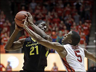 Ducks fall to Utah 72-62, finish 2nd in Pac-12