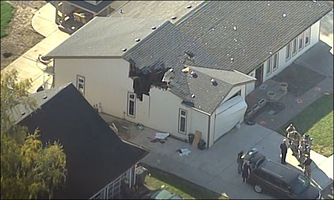Pilot killed when plane crashes into house in McMinnville
