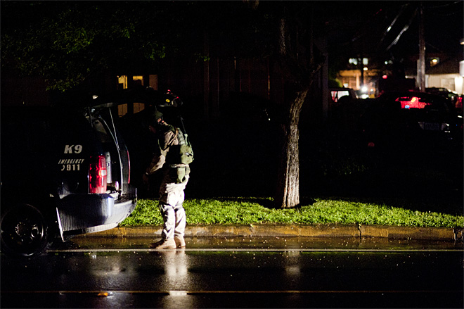 Police search apartment across from South Eugene High School - 05 - Photo by Tristan Fortsch