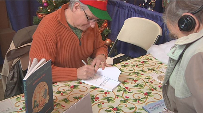 Roseburg man pens Christmas book