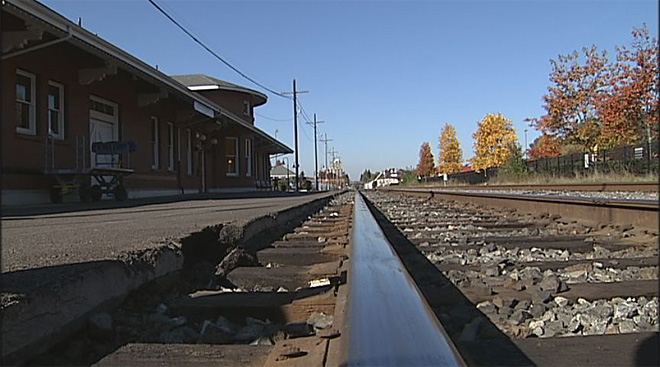 Railroad track safety in Eugene (3)