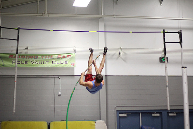 Raise the Bar pole vault club (12)
