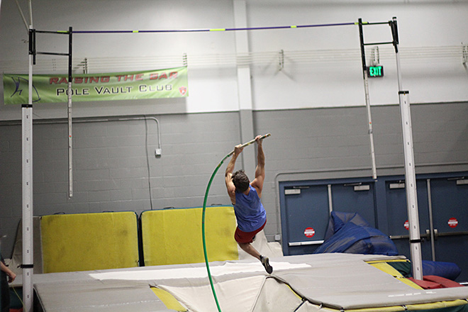 Raise the Bar pole vault club (14)