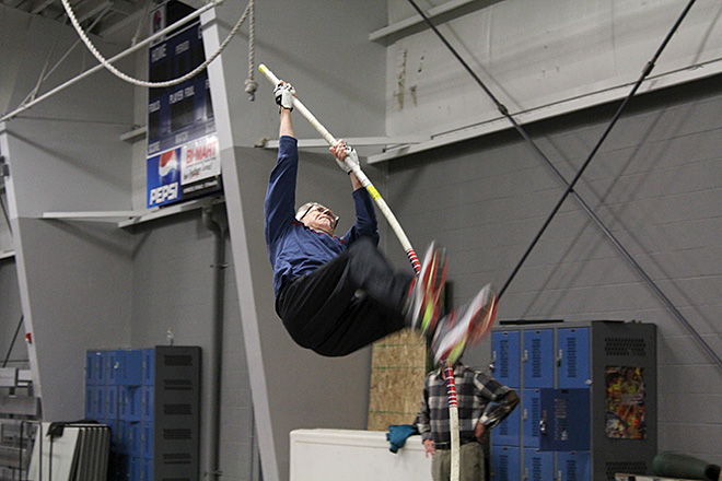 Raise the Bar pole vault club (15)