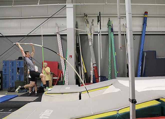 Raise the Bar pole vault club (2)