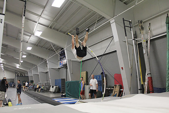 Raise the Bar pole vault club (6)