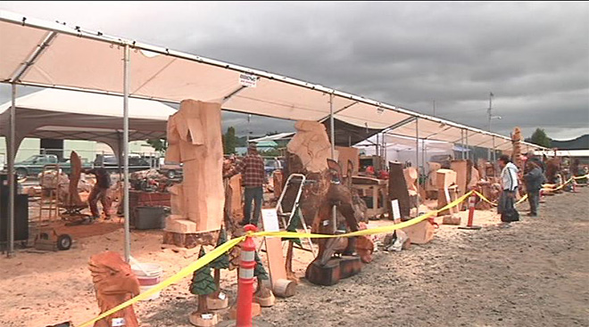 Start your chainsaws: Reedsport welcomes carvers to competition
