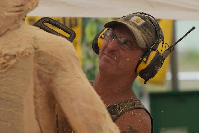 Reedsport Chainsaw Sculpting Championships 2012 (2)