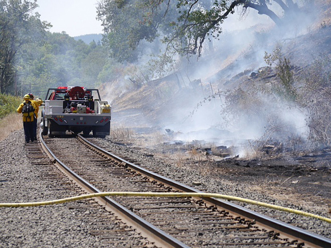 Passing train likely started pair of brush fires near Roseburg