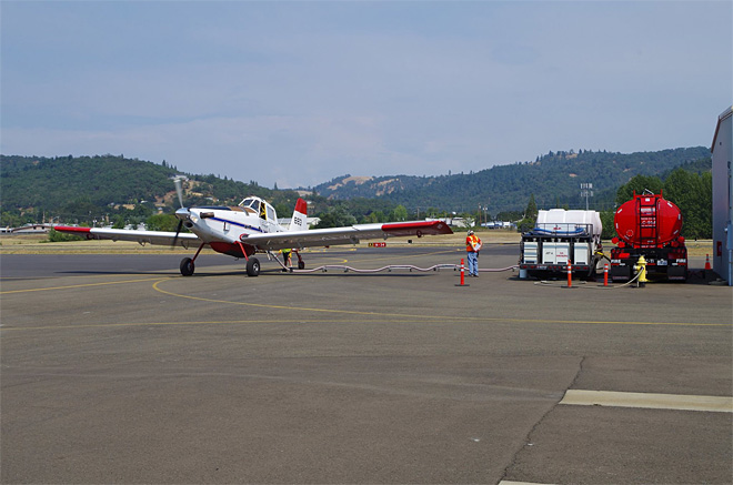 Small firefighting aircraft set up base at Roseburg airport