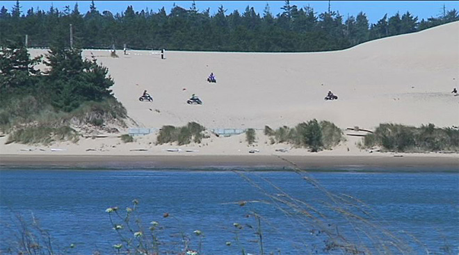Safety practices on Oregon Dunes (5)