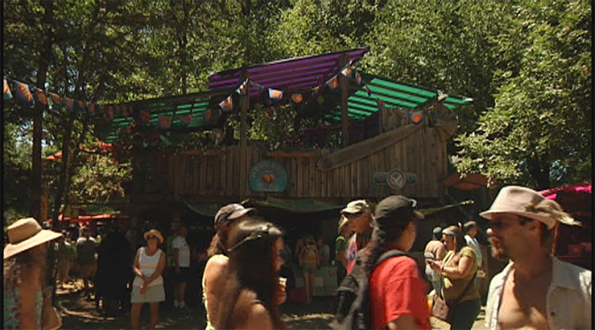 Security and volunteer staff make Oregon Country Fair go off without a hitch 05