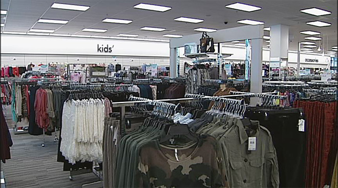 Sneak peek inside new Nordstrom Rack in Eugene (16)
