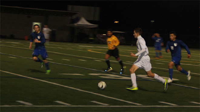 South Eugene beats South Medford to keep playoff hopes alive (1)